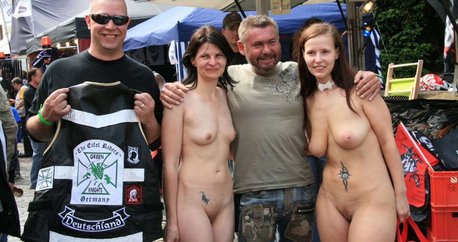 cmnf naked on the public